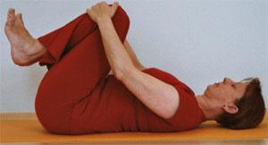 apanasana yogasana technique of practicing apanasana