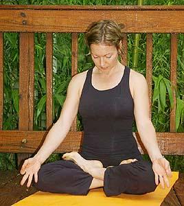 pranayama breathing technique full yogic breathing